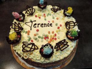 Gâteau d'anNIDversaire